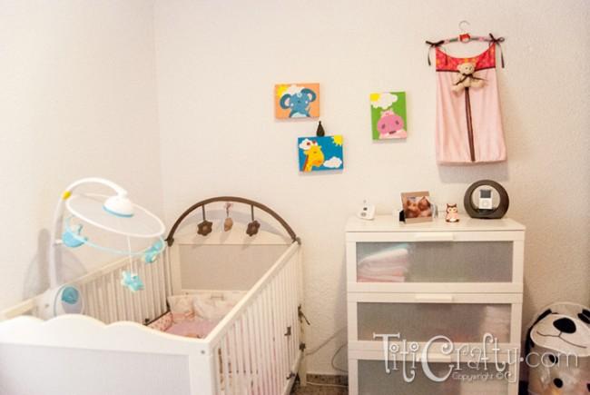 DIY-Wall-Diaper-Bag-Stacker-Panalera-de-Pared-Tutorial-Bedroom