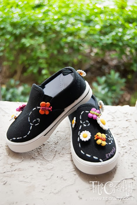 Daisy-and-Butterfly-Embellished-Shoes-03