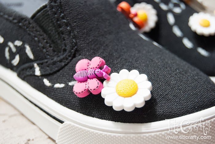 Daisy-and-Butterfly-Embellished-Shoes-08