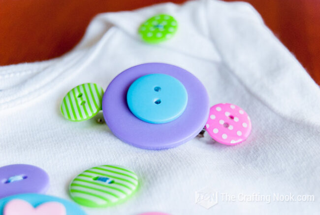Button-Hair-Clips-and-Onesie-Set