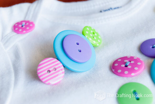 Button-Hair-Clips-and-Onesie-Tutorial