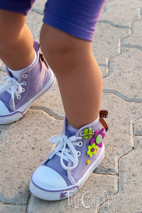 Cute Buttons & Bows Embellished Shoes.