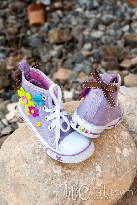 Make yourself some Buttons & Bows Embellished Shoes. A Buttons Series Project.