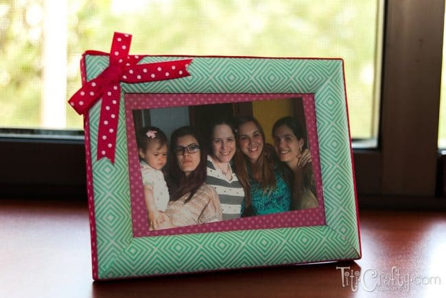 Ribbon-and-Masking-Tape-Aunties-Photo-Frame-DIY