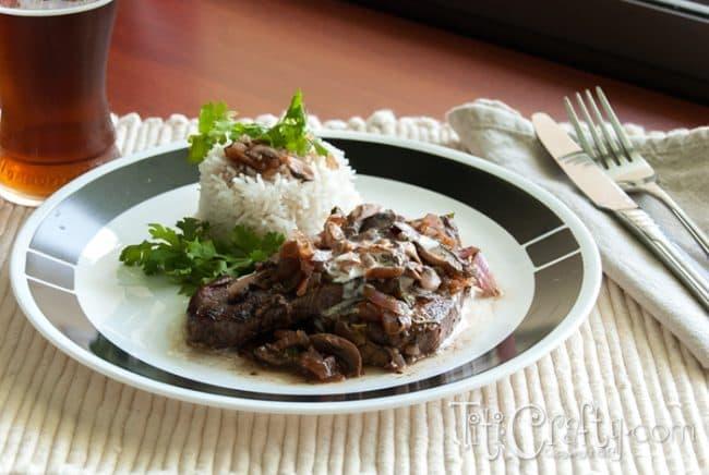 Tenderloin-Steaks-Red-Wine-Mushroom-Sauce-Recipe-DIY