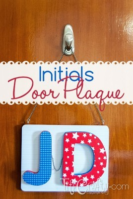 http://titicrafty.com/2013/10/mod-podge-initials-door-plaque/