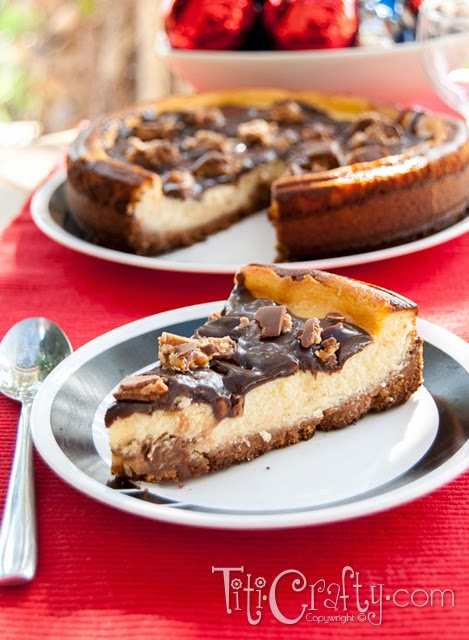 Snickers Cheesecake: Chunky and Creamy Deliciousness!