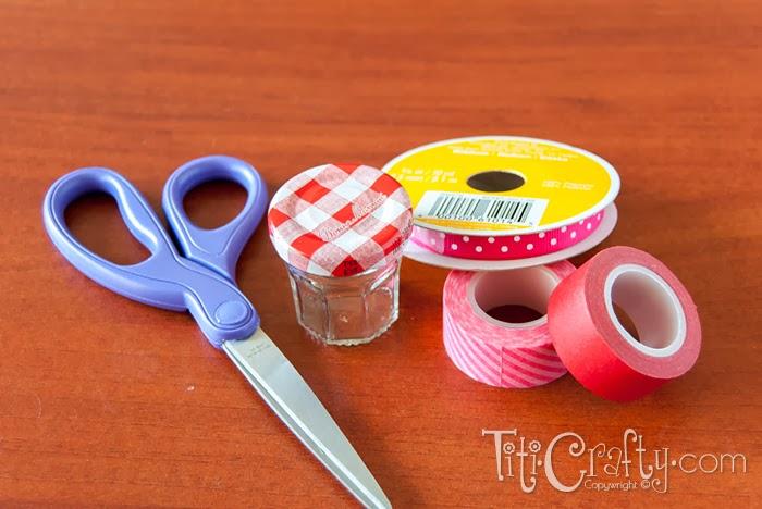 Mini Jam Jars Valentine's Day Gift Box | The Crafting Nook