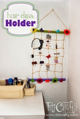 http://titicrafty.com/2013/07/diy-hair-clips-holder/