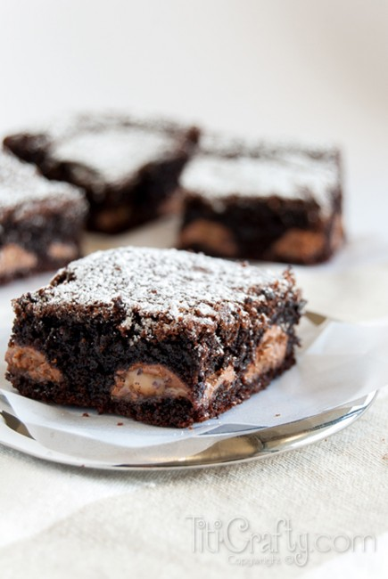 Chocolate-Caramel-and-Kahlua-Brownies-Yummmy