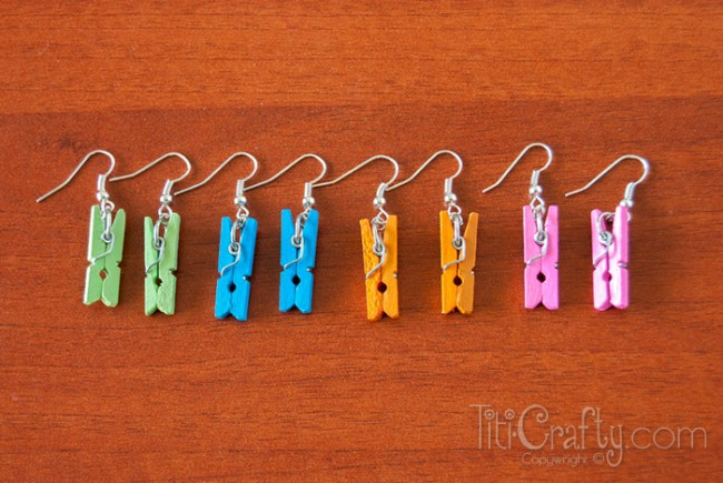 DIY Mini Clothespins Earrings, easy to follow step-by-step tutorial on how to make these cute earrings!