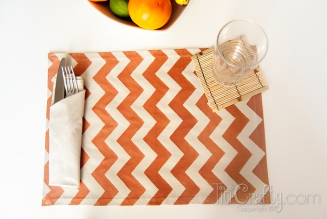 DIY-Ombre-Chevron-Placemats-Easy-Tutorial