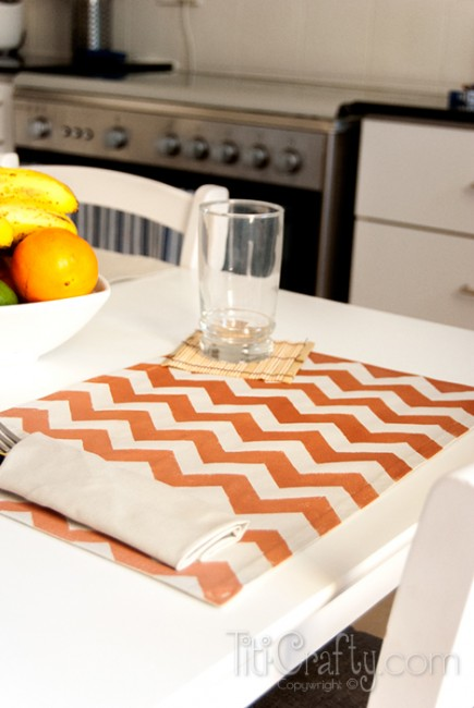 Ombre-Chevron-Placemats-Tutorial