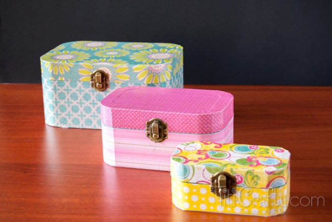 Cute-and-Simple-Mod-Podge-Wooden-Jewelry-Box Tutorial