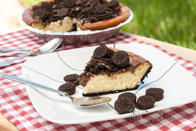 Mini Oreo Cheesecake: Classic cheesecake baked in an Oreo crust, topped with chocolate syrup and more mini Oreos!