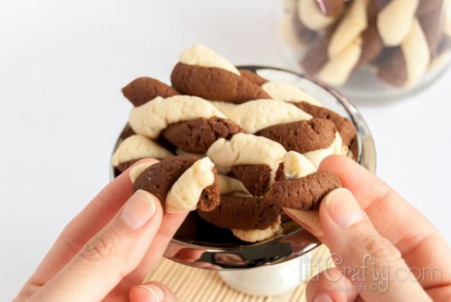 Vanilla-Moka-Twirl-Cookies-Yummy-Recipe