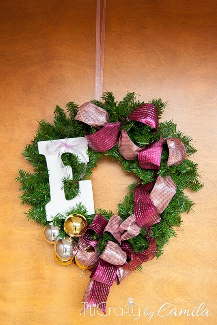 DIY-Monogrammed-Christmas-Wreath