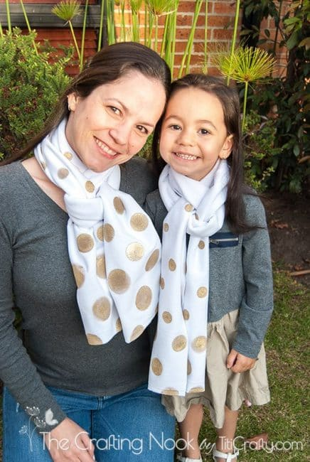 Easy-DIY-Gold-Polka-Dots-Scarf-Tutorial