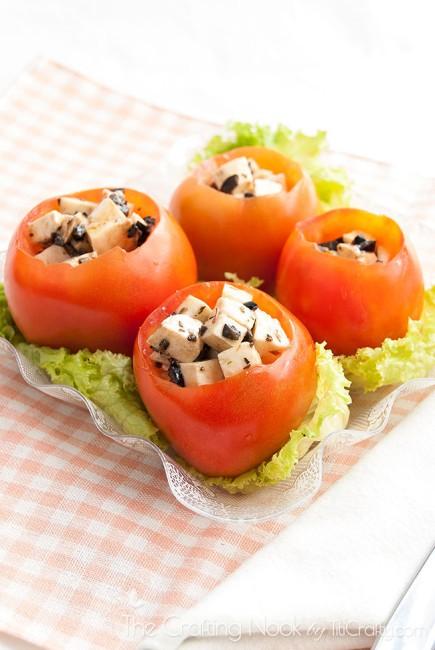 Caprese-Stuffed-Tomatoes-Recipe-delicious
