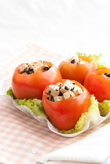 Caprese-Stuffed-Tomatoes-Recipe-mozzarella