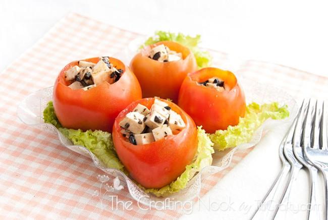 Caprese-Stuffed-Tomatoes-Recipe-salad