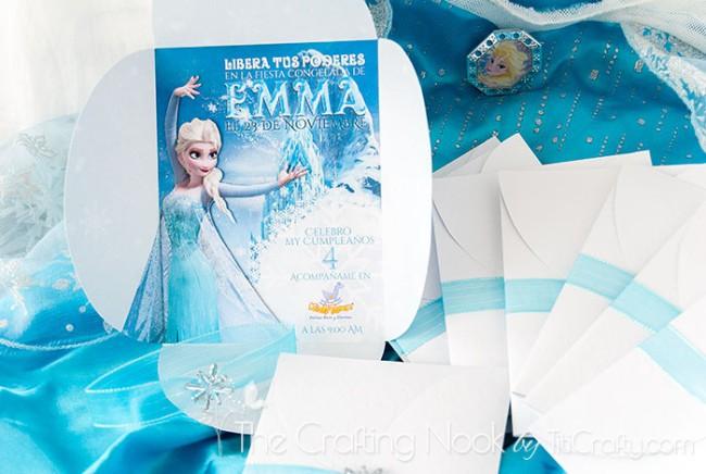 DIY-3d-Frozen-Themed-Party-Invitations-Elsa