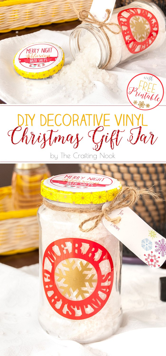 DIY Decorative Vinyl Christmas Gift Jar #christmasgifts #Christmaspresents #silhouettecameo #diychristmas