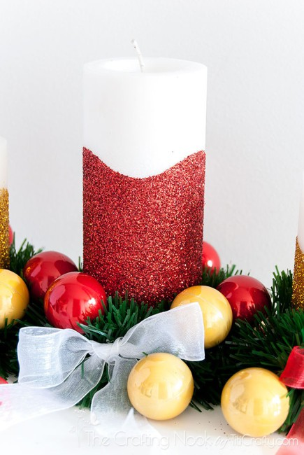 Easy-DIY-Glitter-Christmas-Candle-Centerpiece