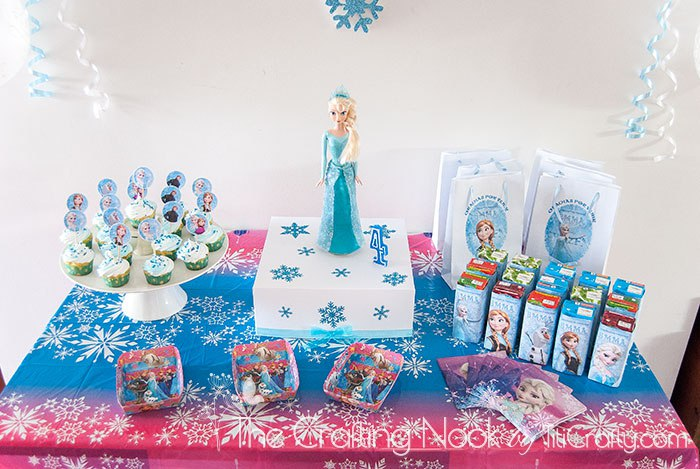 Frozen Themed Cake Box And Individual Boxes