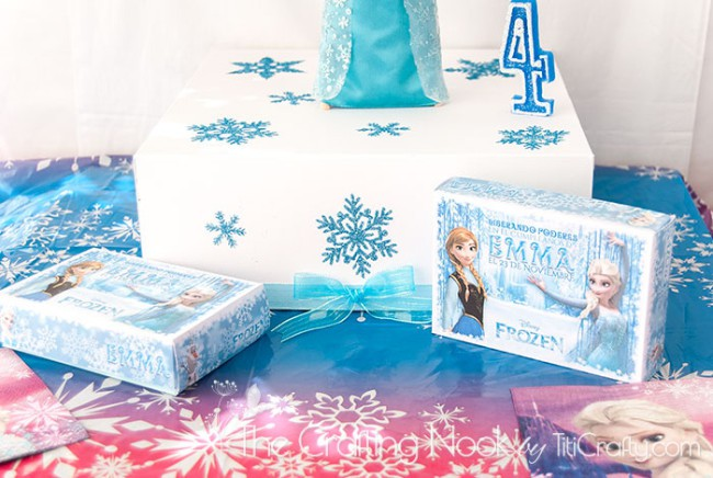 Frozen-Themed-Cake-Box-and-Individual-Cake-Boxes-cute