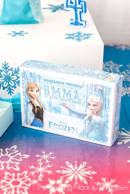 Frozen-Themed-Cake-Box-and-Individual-Cake-Boxes-cutie