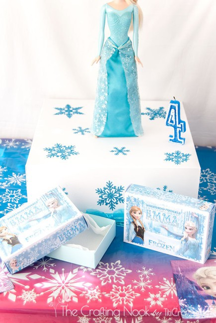 Frozen-Themed-Cake-Box-and-Individual-Cake-Boxes-delicious