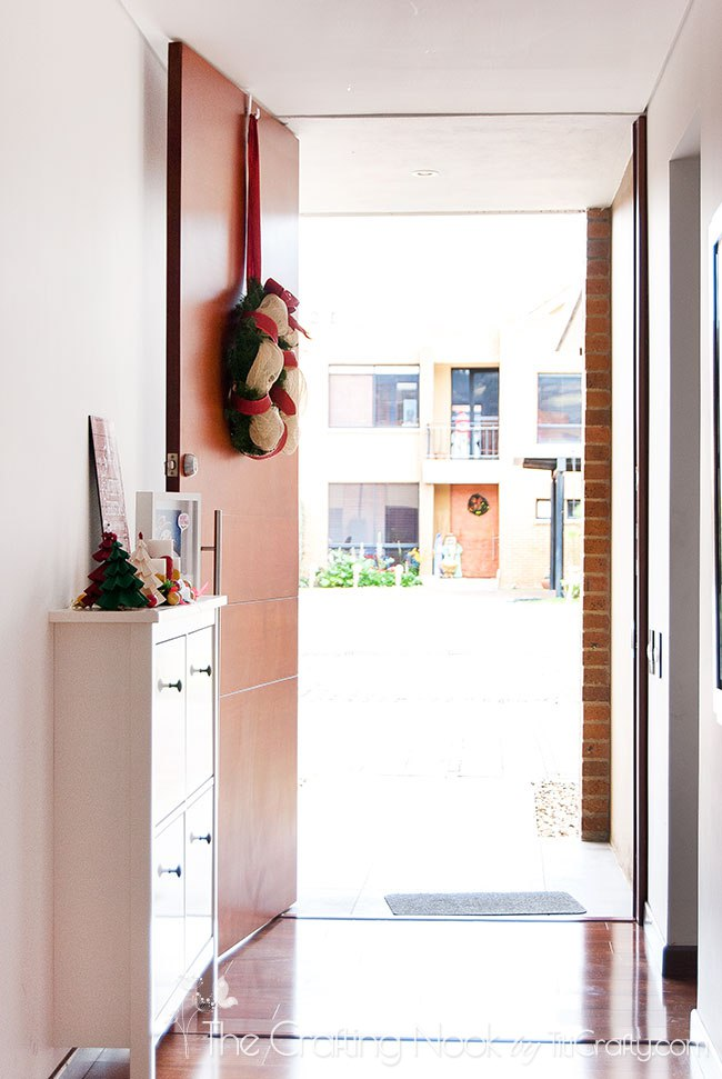 Christmas-Decoration-Home-Tour-2015-Entrace-Inside