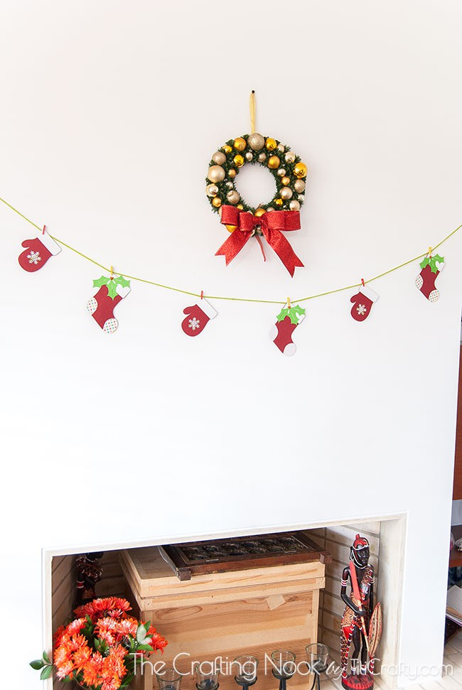 Christmas-Decoration-Home-Tour-2015-Fireplace