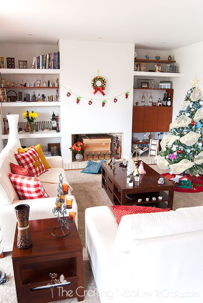 Christmas-Decoration-Home-Tour-2015-Livingroom