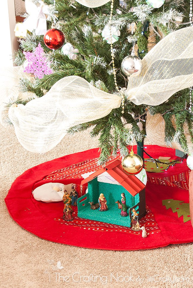 Christmas-Decoration-Home-Tour-2015-Nativity