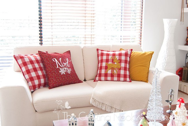 DIY-Red-and-White-Christmas-Pillows-cute