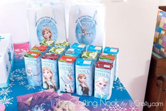 Frozen-Themed-Birthday-Party-juice-box