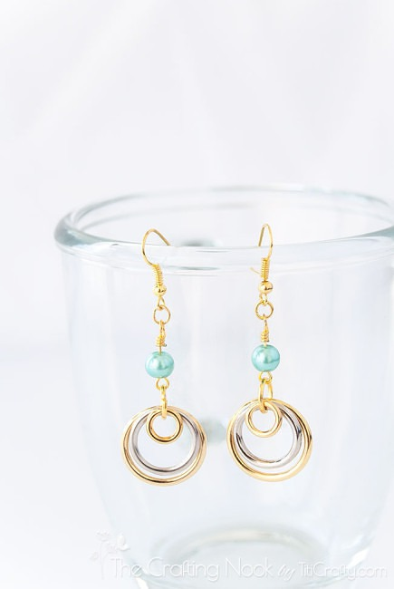 Silver-and-Gold-Multi-circle-Earrings-DIY