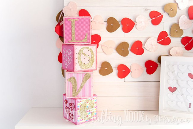 Sparkling-Love-Valentines-Day-Letter-Blocks-glitter