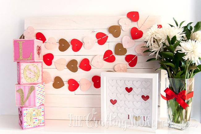 Sparkling-Love-Valentines-Day-Letter-BlocksSparkling-Love-Valentines-Day-Letter-Blocks-Mantel