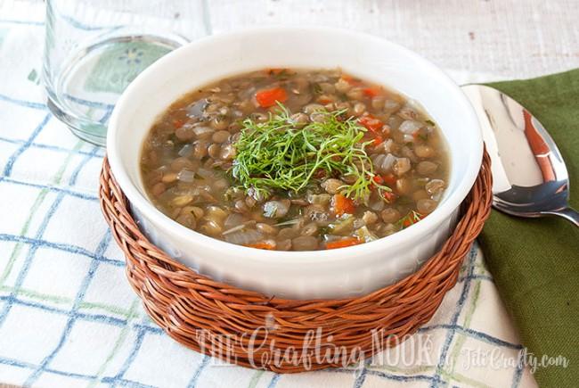 Vegetarian-Lentil-Soup-comforting