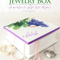 Cute and thoughtful DIY Painted Jewelry Box