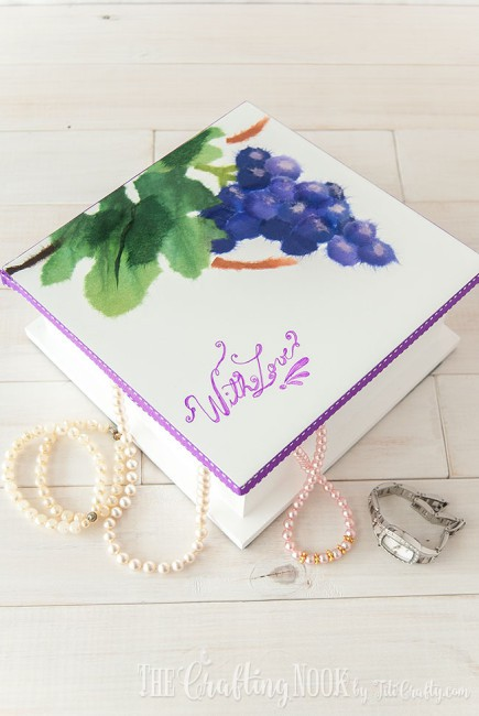 DIY-Painted-Jewelry-Box-Lettering