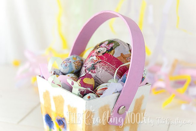 Washi-Painted-Easter-Basket-Easter-Eggs