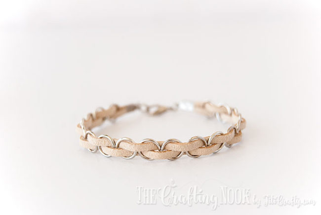 DIY-Easy-Braided-Bracelet-Baige
