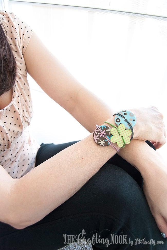 DIY-Easy-Button-Bracelets-Cute