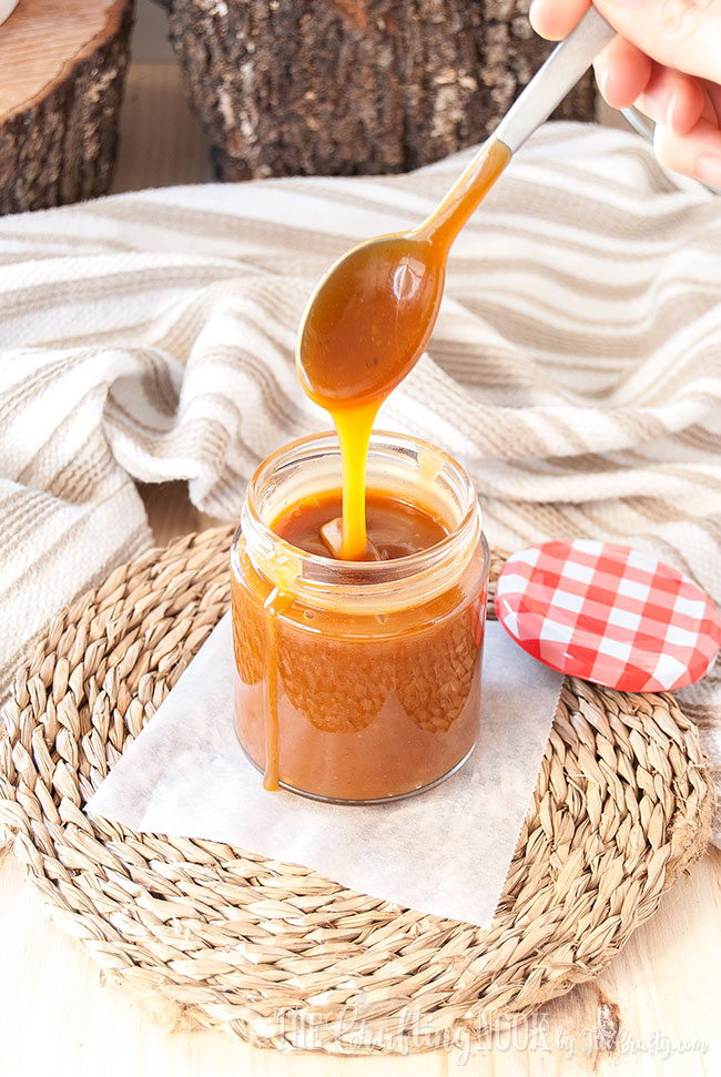 homemade-salted-caramel-sauce