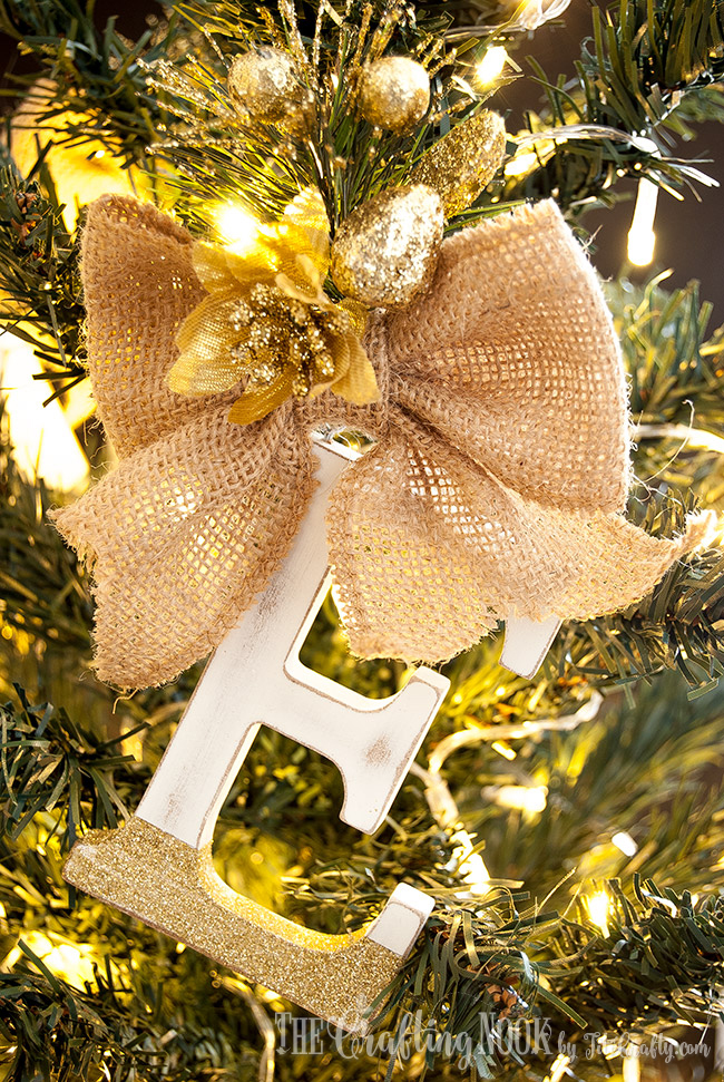 diy-family-rustic-monogram-christmas-ornaments-decoration