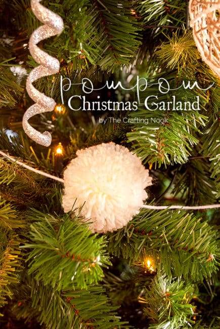 Cute DIY Christmas Pompom Garland